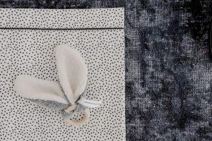 Mies & Co sheet Cozy Dots offwhite lakentje wit met zwarte stippen